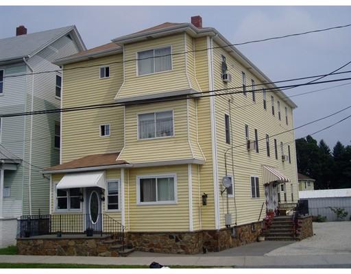 Casa Multifamiliar por un Venta en 1016 Eastern Avenue 1016 Eastern Avenue Fall River, Massachusetts 02723 Estados Unidos