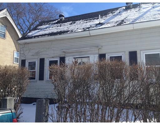 Casa Unifamiliar por un Venta en 70 Cross Street 70 Cross Street Quincy, Massachusetts 02169 Estados Unidos