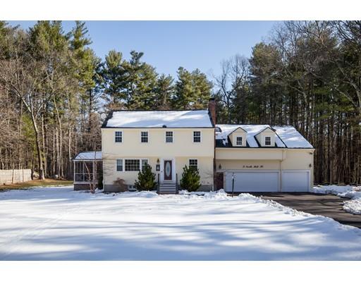 Maison unifamiliale pour l Vente à 3 North Mill Street 3 North Mill Street Hopkinton, Massachusetts 01748 États-Unis