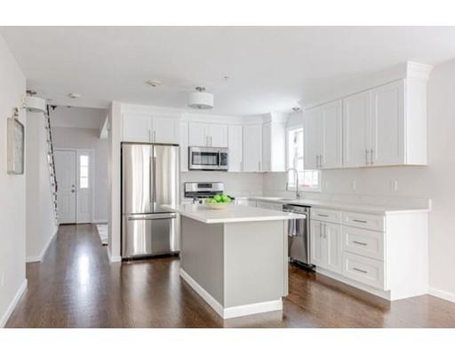 Appartement en copropriété pour l Vente à 595 Nashua Road 595 Nashua Road Dracut, Massachusetts 01826 États-Unis