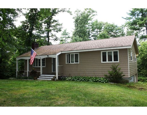 Single Family Home for Sale at 105 South Main Newton, New Hampshire 03858 United States