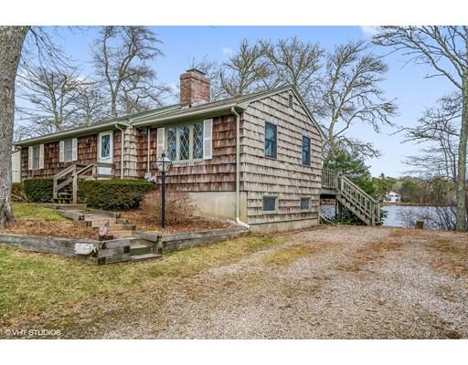 Maison unifamiliale pour l Vente à 58 Nyes Point Way 58 Nyes Point Way Barnstable, Massachusetts 02632 États-Unis