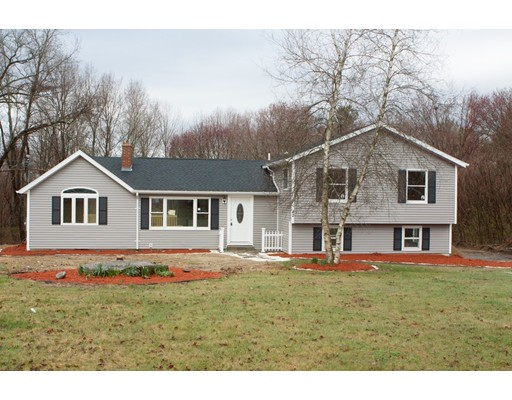 Single Family Home for Sale at 42 Conlin Road 42 Conlin Road Oxford, Massachusetts 01540 United States