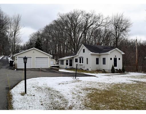 独户住宅 为 销售 在 105 Main Street 105 Main Street Holden, 马萨诸塞州 01520 美国