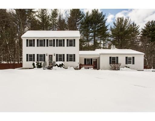 واحد منزل الأسرة للـ Sale في 456 South Street 456 South Street Warren, Massachusetts 01083 United States