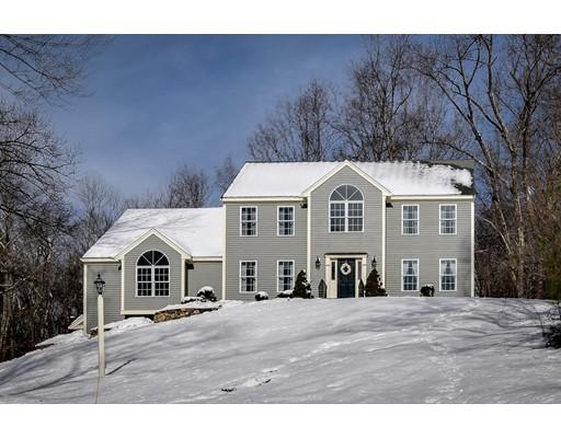 Частный односемейный дом для того Продажа на 16 Apple Blossom Way 16 Apple Blossom Way Stow, Массачусетс 01775 Соединенные Штаты