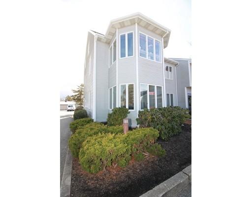 شقة بعمارة للـ Sale في 180 State Road 180 State Road Bourne, Massachusetts 02562 United States