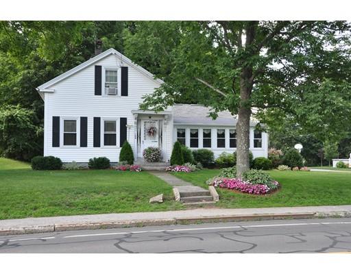 Maison unifamiliale pour l Vente à 194 Main Street 194 Main Street Grafton, Massachusetts 01560 États-Unis