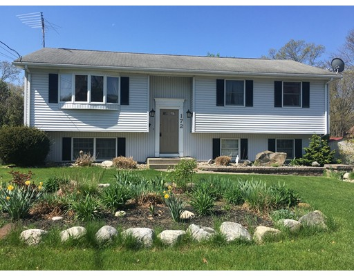 Single Family Home for Sale at 172 Royal Street 172 Royal Street Chicopee, Massachusetts 01020 United States
