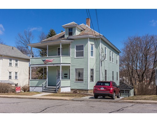 Maison avec plusieurs logements pour l Vente à 60 Leamy Street 60 Leamy Street Gardner, Massachusetts 01440 États-Unis