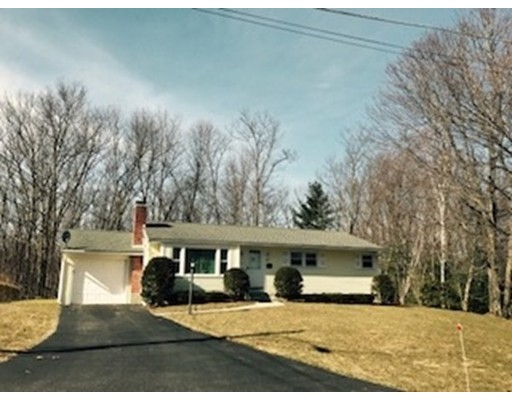 Single Family Home for Sale at 31 Laurel Hill Lane 31 Laurel Hill Lane Holden, Massachusetts 01520 United States