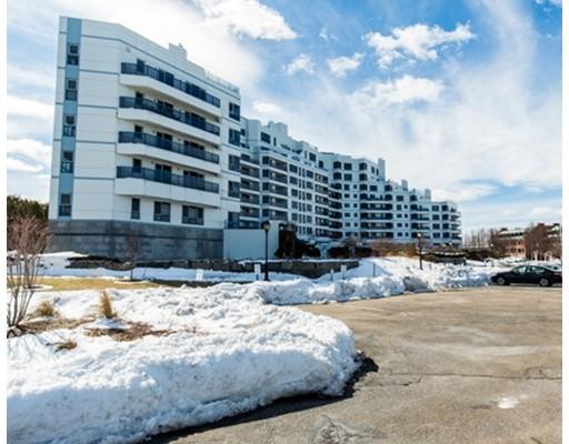 Condominio por un Venta en 2001 Marina Drive 2001 Marina Drive Quincy, Massachusetts 02171 Estados Unidos