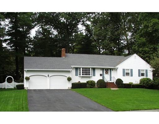 Частный односемейный дом для того Продажа на 37 Ledgewood Drive 37 Ledgewood Drive Danvers, Массачусетс 01923 Соединенные Штаты