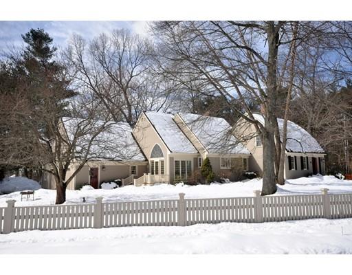 独户住宅 为 销售 在 10 Partridge Lane 10 Partridge Lane 康科德, 马萨诸塞州 01742 美国