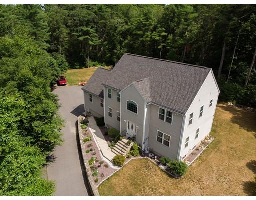 Частный односемейный дом для того Продажа на 3 Gonsalves Court 3 Gonsalves Court Dartmouth, Массачусетс 02747 Соединенные Штаты