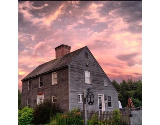 واحد منزل الأسرة للـ Sale في 2 River Street 2 River Street Belchertown, Massachusetts 01007 United States