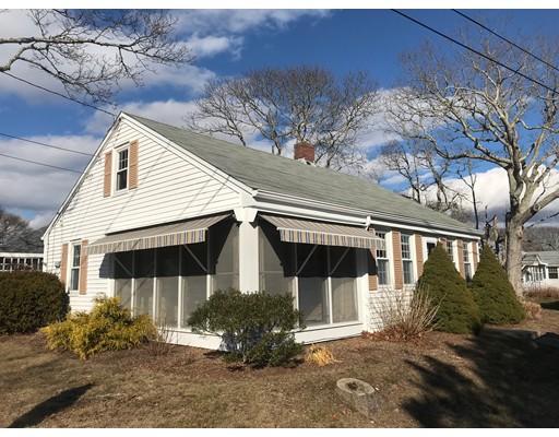 واحد منزل الأسرة للـ Sale في 37 Grove 37 Grove Falmouth, Massachusetts 02556 United States