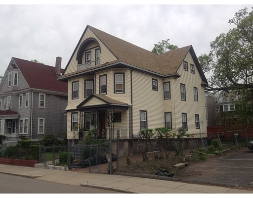 Moradia Multi-familiar para Venda às 521 Park Street 521 Park Street Boston, Massachusetts 02124 Estados Unidos