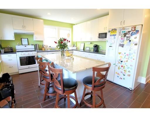 Appartement pour l à louer à 20 Oakdale Ave #1 20 Oakdale Ave #1 Dedham, Massachusetts 02026 États-Unis