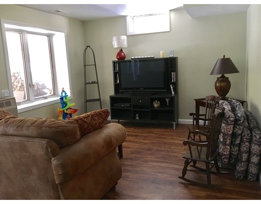 66 Bentwood Dr 66, Sturbridge, MA, 01566