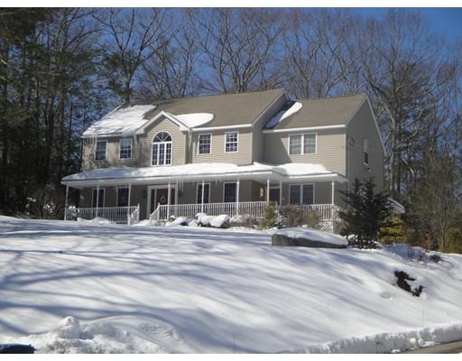 Частный односемейный дом для того Продажа на 97 Paradise Lane 97 Paradise Lane Sturbridge, Массачусетс 01566 Соединенные Штаты