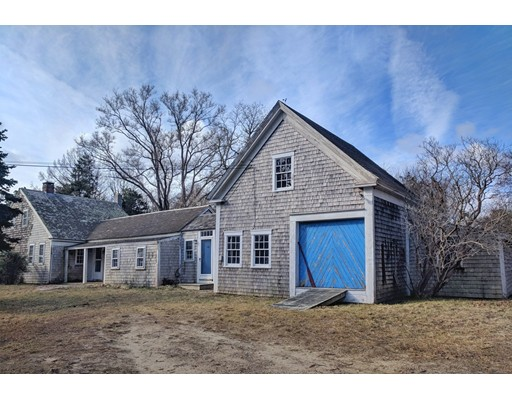 Single Family Home for Sale at 236 Old Long Pond Road 236 Old Long Pond Road Brewster, Massachusetts 02631 United States
