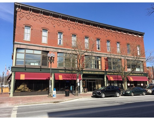 Commercial for Rent at 225 Essex Street 225 Essex Street Lawrence, Massachusetts 01840 United States