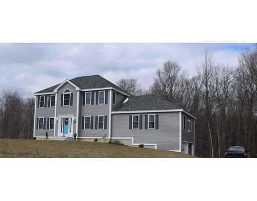 Single Family Home for Sale at 182 E County Road 182 E County Road Rutland, Massachusetts 01543 United States