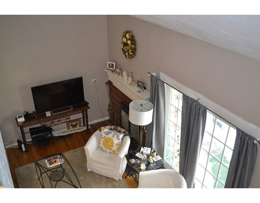 Condominio por un Venta en 195 Lake 195 Lake Weymouth, Massachusetts 02189 Estados Unidos