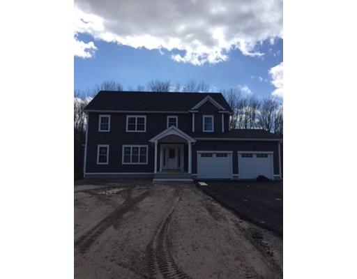 Maison unifamiliale pour l Vente à 733 Monson Road 733 Monson Road Wilbraham, Massachusetts 01095 États-Unis