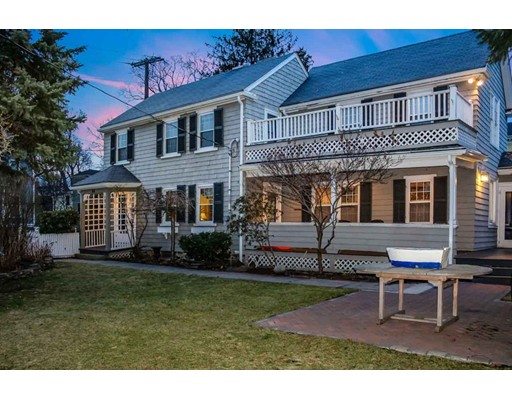 Single Family Home for Sale at 84 Pleasant Street 84 Pleasant Street Marblehead, Massachusetts 01945 United States