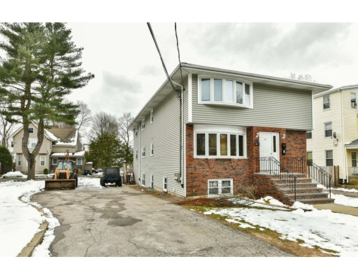 متعددة للعائلات الرئيسية للـ Sale في 125 Dana Avenue 125 Dana Avenue Boston, Massachusetts 02136 United States