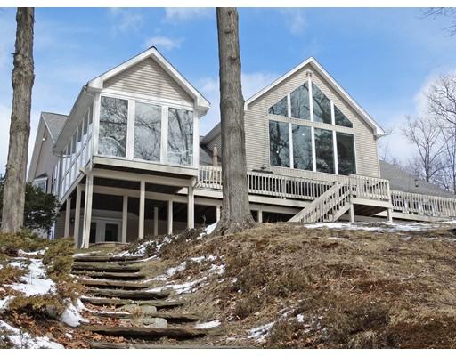 Частный односемейный дом для того Продажа на 11 N Pond Road 11 N Pond Road Southwick, Массачусетс 01077 Соединенные Штаты