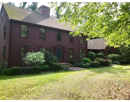 Maison unifamiliale pour l Vente à 307 Cherry Str 307 Cherry Str Bridgewater, Massachusetts 02324 États-Unis
