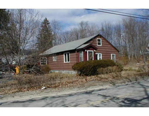 Single Family Home for Sale at 88 Willowdale Road 88 Willowdale Road Tyngsborough, Massachusetts 01879 United States