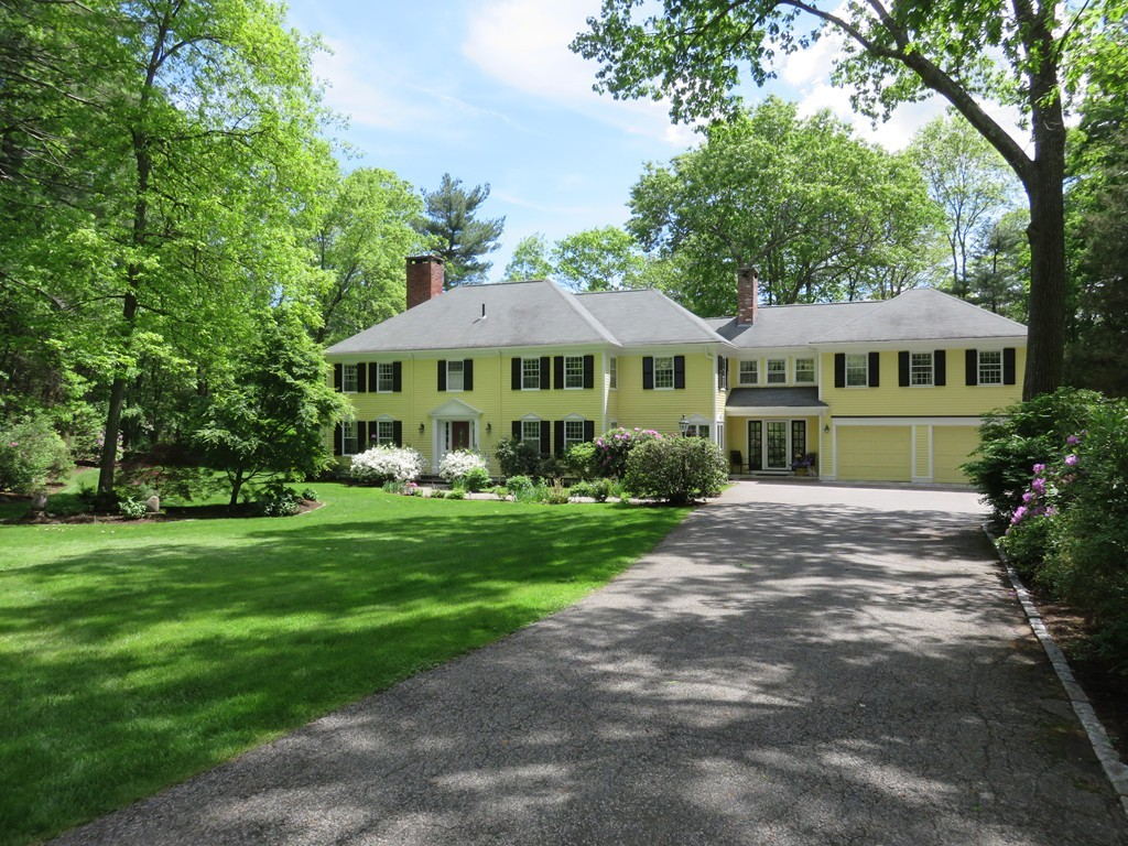 38 Round Hill Rd, Lincoln, Massachusetts