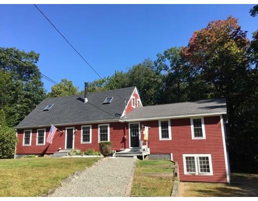 独户住宅 为 销售 在 670 Old Petersham Road 670 Old Petersham Road Barre, 马萨诸塞州 01005 美国
