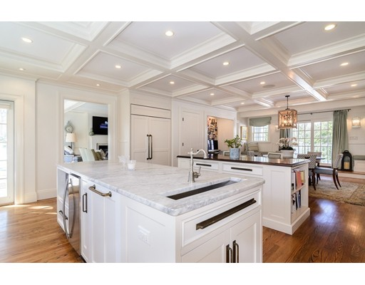 25 Kenilworth Rd, Wellesley, MA, 02482