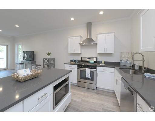 Частный односемейный дом для того Аренда на 84 Obery Street 84 Obery Street Plymouth, Массачусетс 02360 Соединенные Штаты