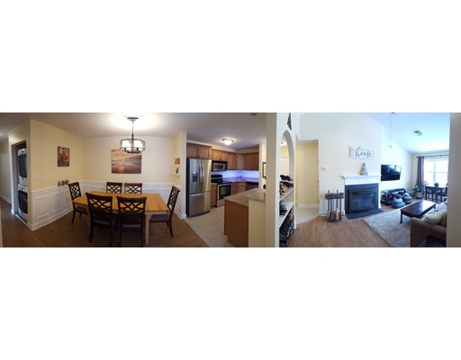 Appartement en copropriété pour l Vente à 400 Brookside Drive 400 Brookside Drive Andover, Massachusetts 01810 États-Unis