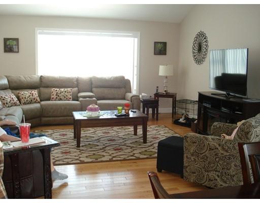 Частный односемейный дом для того Продажа на 6 Cotton Candy Lane 6 Cotton Candy Lane Dartmouth, Массачусетс 02747 Соединенные Штаты