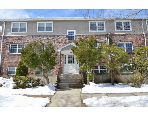 Single Family Home for Rent at 8 Mayberry Drive Westborough, Massachusetts 01581 United States