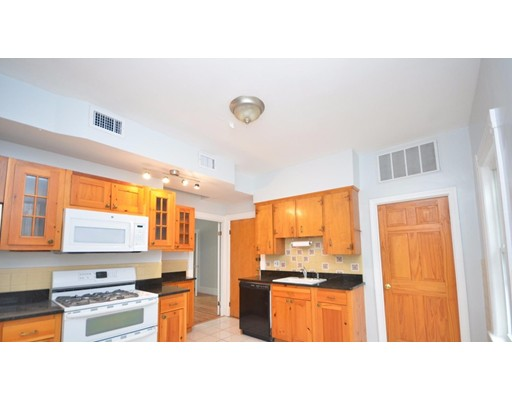 Townhouse for Rent at 341 Summer #2 341 Summer #2 Somerville, Massachusetts 02144 United States