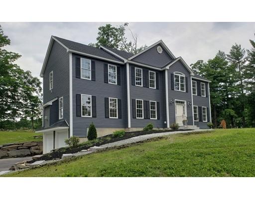 واحد منزل الأسرة للـ Sale في 225 Pepperell Road 225 Pepperell Road Groton, Massachusetts 01450 United States