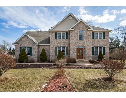 Casa Unifamiliar por un Venta en 37 Appaloosa Lane 37 Appaloosa Lane West Springfield, Massachusetts 01089 Estados Unidos