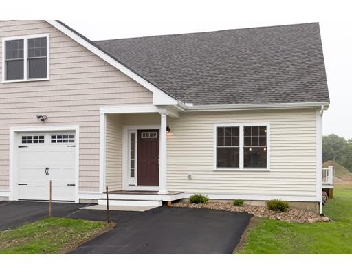 واحد منزل الأسرة للـ Sale في 637 Gifford Street 637 Gifford Street Falmouth, Massachusetts 02540 United States