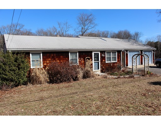 Single Family Home for Sale at 45 Curran Road 45 Curran Road North Attleboro, Massachusetts 02760 United States