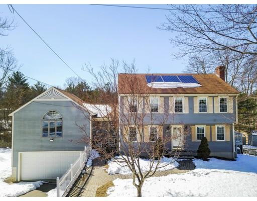 واحد منزل الأسرة للـ Sale في 44 Taunton Street 44 Taunton Street Bellingham, Massachusetts 02019 United States