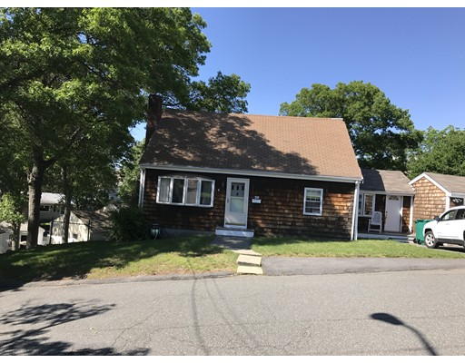 Single Family Home for Sale at 28 Cannon Rock Road 28 Cannon Rock Road Lynn, Massachusetts 01904 United States