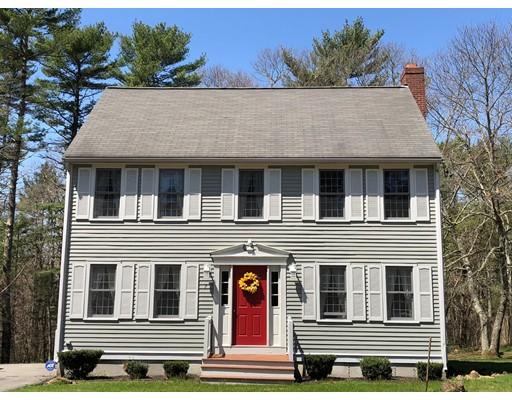 独户住宅 为 销售 在 7 South Main Street 7 South Main Street Carver, 马萨诸塞州 02330 美国
